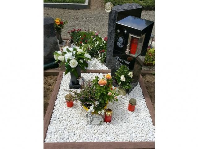 Mühlbrecht Urnengrab 17